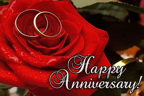 Lovely happy anniversary wishes SMS and anniversary romantic greetings for husband and to say something special.