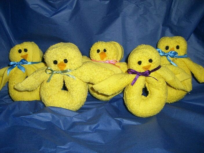 Patitos de toalla como souvenirs de baby shower