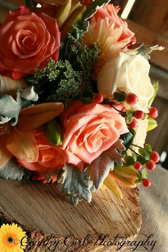 Coral and mint rustic wedding flowers. Flowers and Decor by Gwen Downing of Lehman Barn at The Varozza Ranch & Homestead Heirlooms