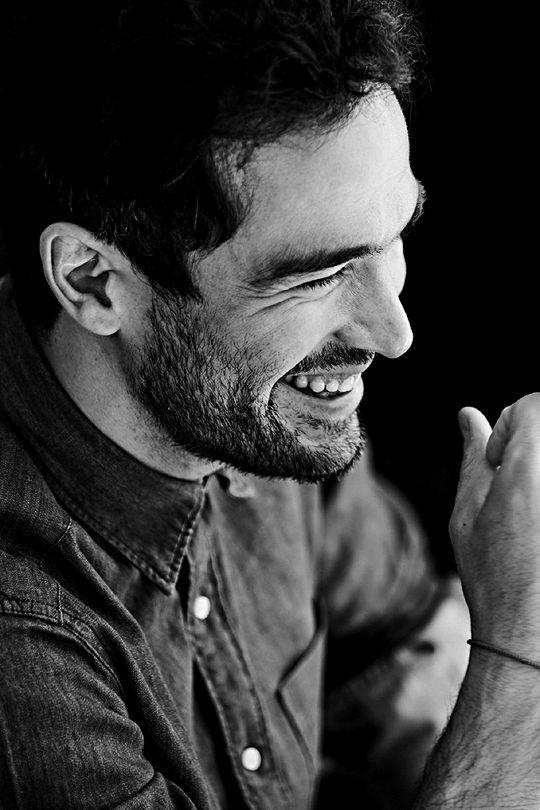 Alfonso Herrera photographed by Antonio Rojo for VIM magazine