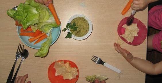 9 Ricette vegetariane per far mangiare con gusto la verdura ai bambini