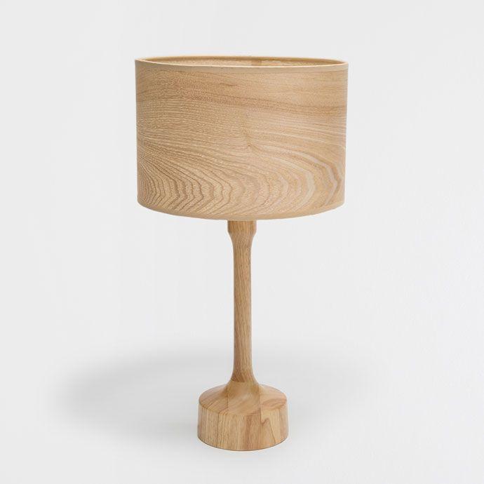 Lamp met houten voet en kap - LAMPEN - DECORATIE | Zara Home Holland €99,99