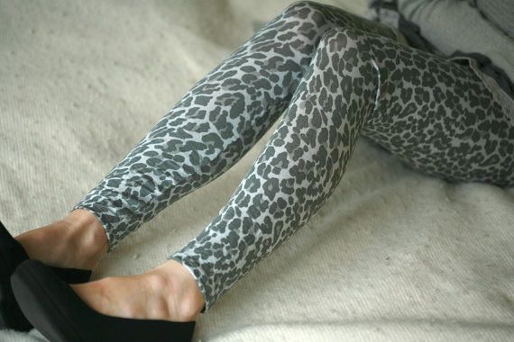 Hey, I found this really awesome Etsy listing at https://www.etsy.com/listing/98061267/grey-toned-leopardcheetah-leggings