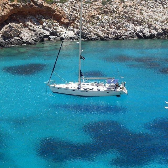 Imagine!....we can make it happen!!! Visit now!! www.kgsailing.gr #greeksummer #greekislands #summerfun #summeringreece #sailyachts  #sailingingreece #vacations #visitgreece #charteryacht #chartertyachtsingreece #yachting #yachtlife #sailing #sailboat #flordelamar #monohull #saronicgulf #saronicislands #vipvacation #premiumyachts #sailasavip #aegeansea #ioniansea #cyclades #lifeonboard #skipper #bareboat #bareboatcharter #bareboatsailingholidays #skipperedcharter #skipper