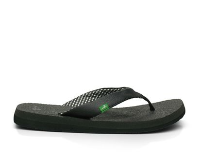Yoga Mat flip flops from Sanuk. Most comfortable flip flop you will ever wear - and the only brand I have worn for 4 years now. LOVE!!!