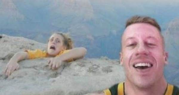 Selfies Gone Wrong: The Worst Selfies Ever Taken