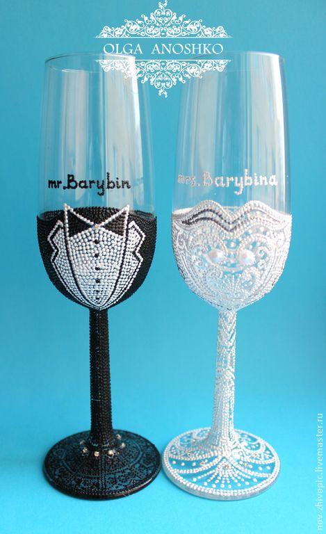"""Купить Свадебные бокалы """"Мистер и Миссис"""". Точечная роспись по стеклу. - свадебные бокалы"""