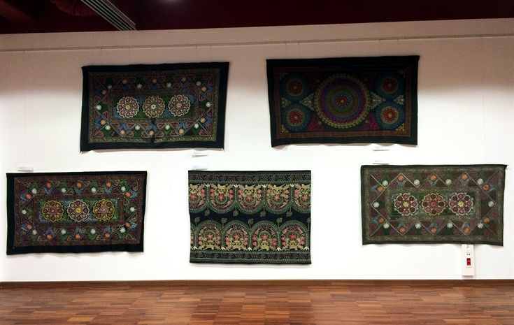 18 suzani_embroidered_textiles_ethnic_style_boho_gypsy_interior_design_home_decor_asia_inspirations_styl_etniczny_kolorowe_wnetrze_forelements_blog