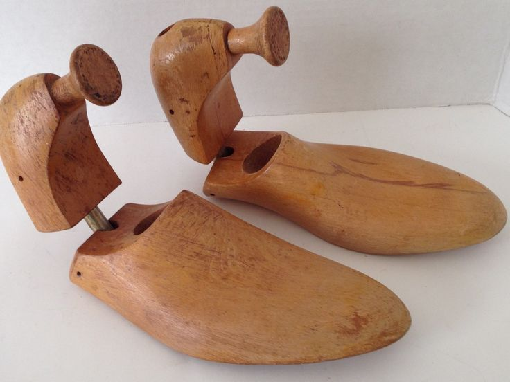 Wooden Shoe Form Mens Size 9 10 Wood Mold Vintage Shoes Stretcher Yugoslavia