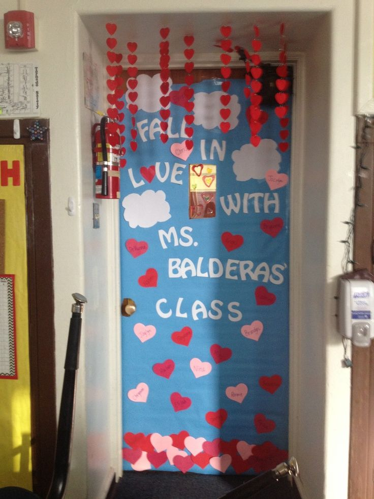 Valentines day door idea classroom ideas pinterest for B day decoration photos
