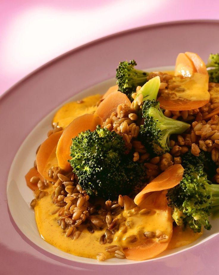 Risotto aus Grünkern mit Karotten und Brokkoli - smarter - Zeit: 40 Min. | eatsmarter.de