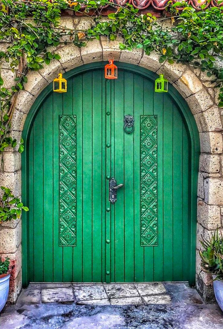 ♪ Puerta en Alaçatı, İzmir, Turquía
