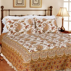 @Overstock - Add a classic style to any bedroom in your house with this king-sized quilt set. This set features a beautiful golden paisley design that will complement existing colors in your room. Made out of 100 percent cotton, this set is machine washable.http://www.overstock.com/Bedding-Bath/Renaissance-King-size-Quilt-Set/6157129/product.html?CID=214117 $64.99