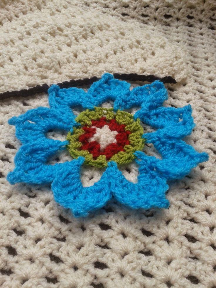Made by Rinske: Gratis Haakpatroon Bloem / Free Crochet pattern Flower