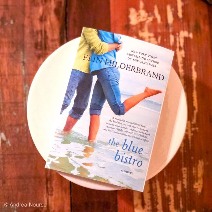 The Blue Bistro, Elin Hilderbrand bookreview books