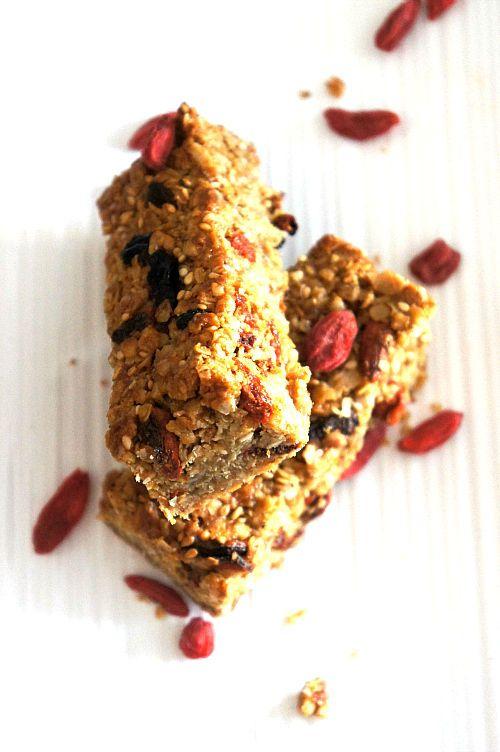 BARRES GRANOLA MAISON aux BAIES de GOJI (sans beurre) - Blog Coconut - Cuisine | Foodisterie | Home-Made