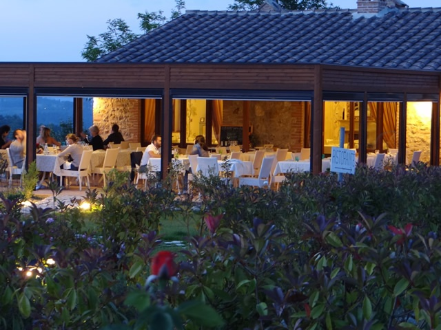 Romantic restaurant near San Gimignano and Colle di Val d'Elsa (Siena). At 40 minutes from Florence