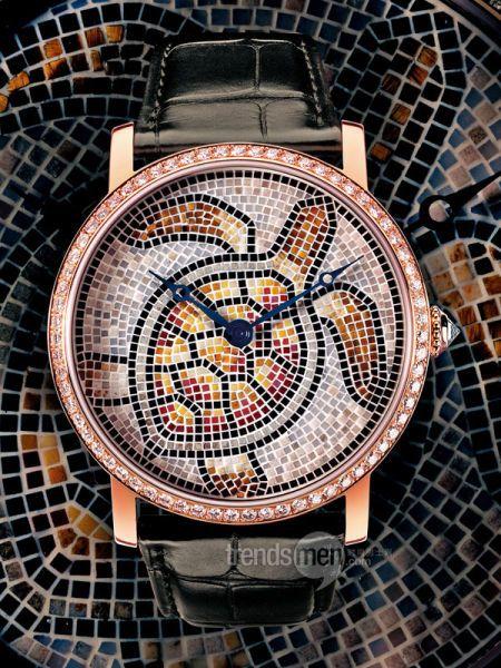 Un reloj lujoso formado por un mosaico de tortuga. #Reloj #Tortuga #Mosaico