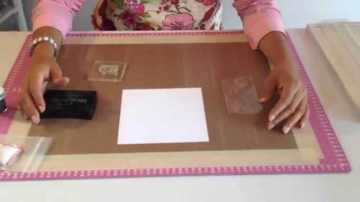 ScrapYcafé -Técnica Estampado Espejo. Hola ¡AMIGAS! Aprende a estampar un sello de forma contraria, seguramente mejorarás tus creaciones. Te recomendamos comentar este vídeo si algo nos faltó o dale like si te gustó.
