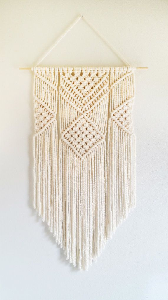 CreativeChicShop – Beautiful handmade macrame wall…