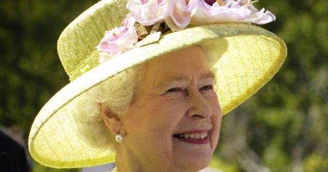 El menú de su Majestad la Reina Isabel II mas amigos!!