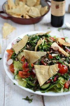 Salade Fattouche, pain plat libanais maison
