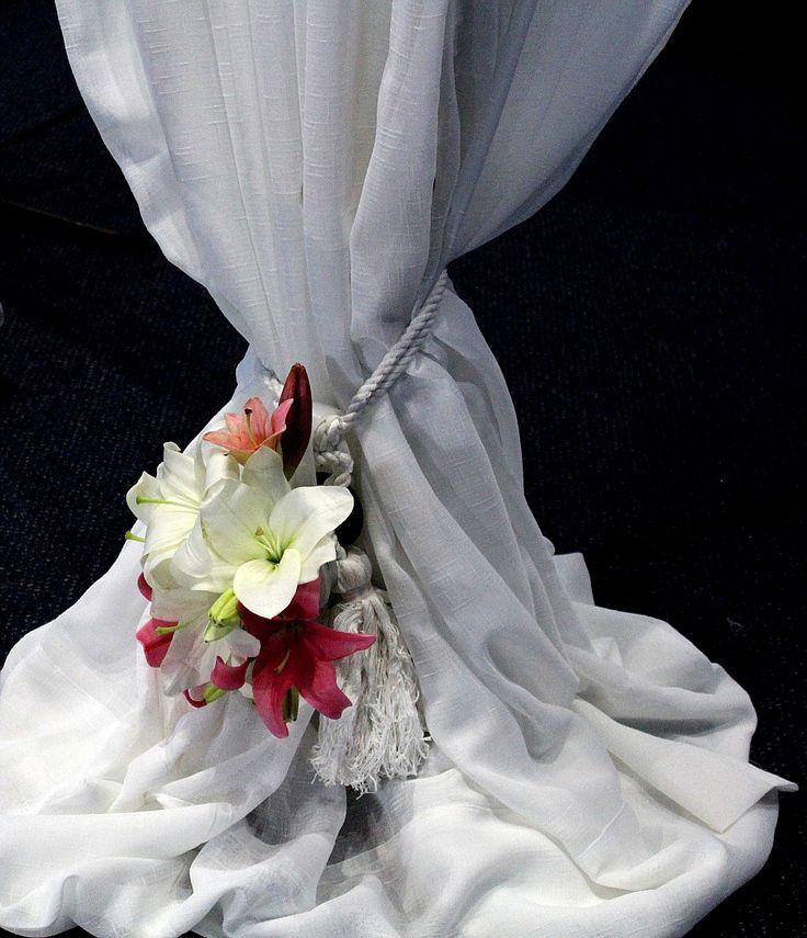 Detalle floral arco.