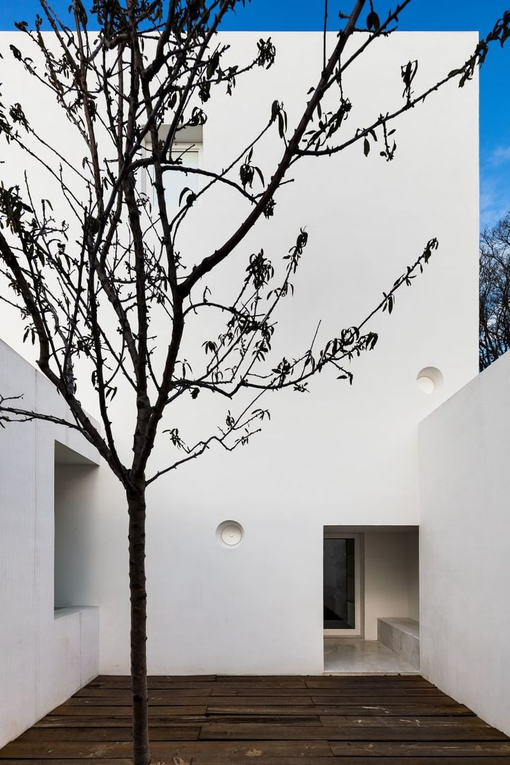 PEDRO MATOS GAMEIRO  HOUSE IN ALFAMA