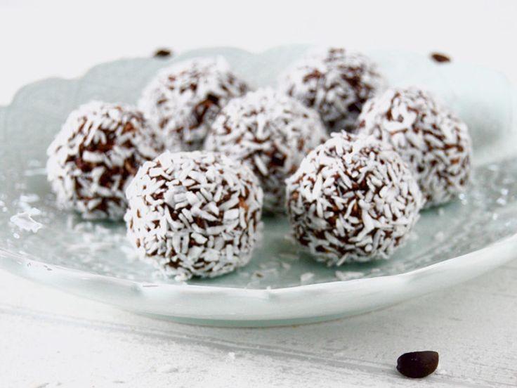 """Glutenfria energibollar, """"kokosbollar"""" utan tillsatt socker!"""