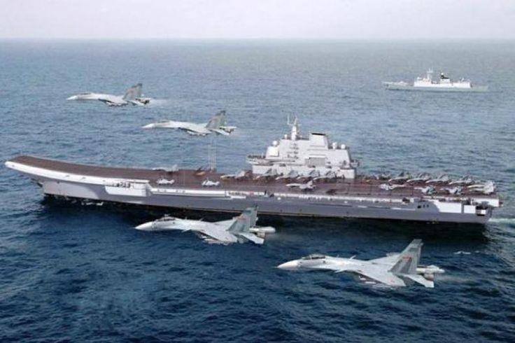 """Di Tengah Ketegangan dengan AS Kapal Induk China Gelar Latihan di Pasifik  KONFRONTASI - Media China melaporkan kapal induk China Liaoning akan mengambil bagian dalam latihan militer di Pasifik Barat. Liaoning akan menjadi bagian dari pembentukan angkatan laut nasional yang lebih luas yang dikirim ke wilayah tersebut.  """"Liaoning akan melakukan latihan militer di Pasifik Barat"""" kata juru bicara Angkatan Laut Tentara Pembebasan Rakyat Liang Yang begitu laporan China Global Times seperti…"""