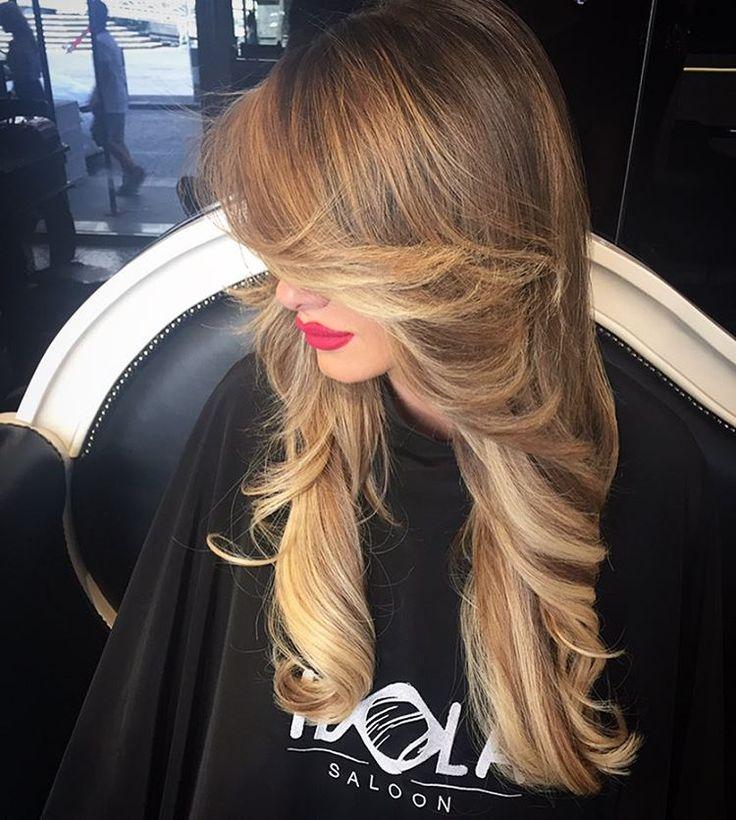 EXSTENSION Rendi unici i tuoi capelli con le nostre tecniche di schiaritura. Dona lunghezza alla tua chioma con le nostre fantastiche exstension mix nuance biondo caldo nocciola Ti aspettiamo !! HAIR IDOLA SALOON Via Duomo 138, Napoli Info whatsapp: 334 1826714 #Shatush #idola #parrucchieri #arte #napoli #bolzano #milano #ravenna #hair #lipari #formia #angri #bari #torino #cortina #taormina #perugia #milano #blogger #ancona #pescara #extension #hairextension