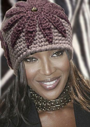 "Naomi in ""Teresa"""