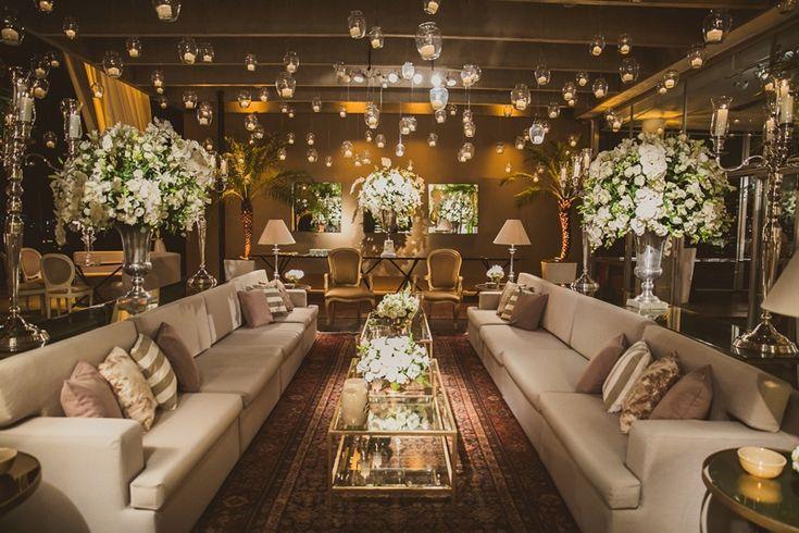 Lounge para casamento clássico - Decoração Daniel Cruz - Foto Marina Lomar