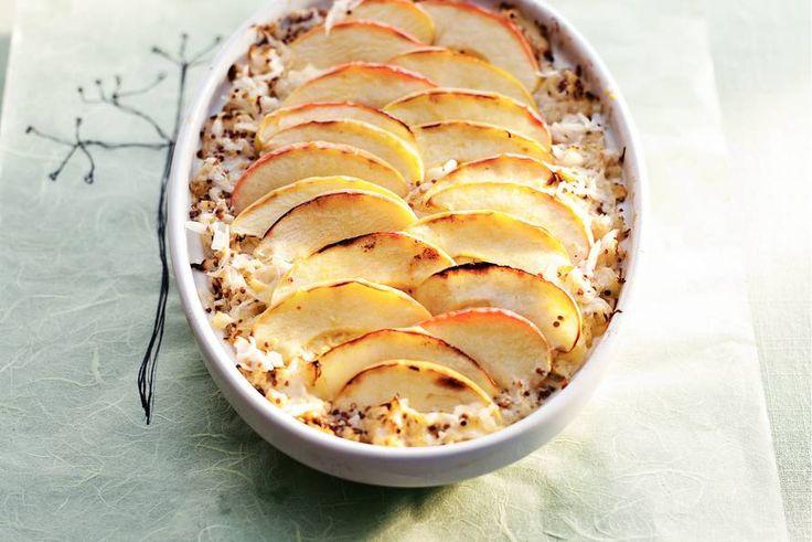 22 januari - Zuurkool in de bonus - Een gerecht smaakt nóg lekkerder als het er mooi uitziet, zoals hier met de dunne plakjes appel - Allerhande - Recept