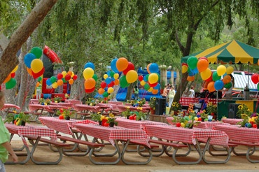 10 Ideas for Company Picnics - Love the idea of inviting your clients... and having the ice cream truck visit!