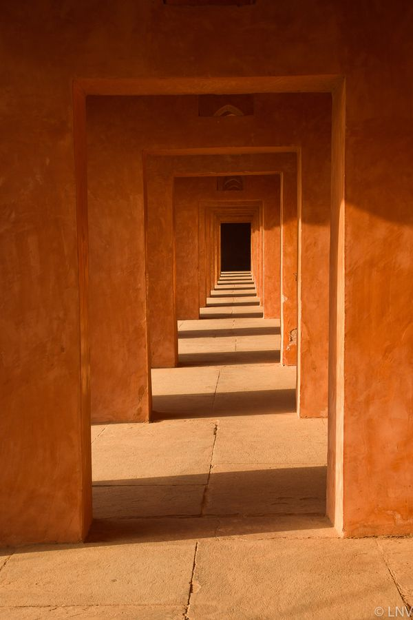 PerspectiveDoors, Photos, Favorite Places, Corridor, Art, Orange Perspective, Architecture, Spirals Staircas, Lisa Vaz