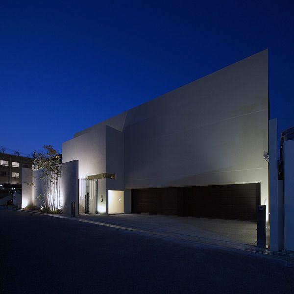 水庭のある家|RC造|ガレージハウス|デザイナーズハウス・注文建築・自由設計・建築家|アーキッシュギャラリー(東京・名古屋・大阪)Achish&Gallery