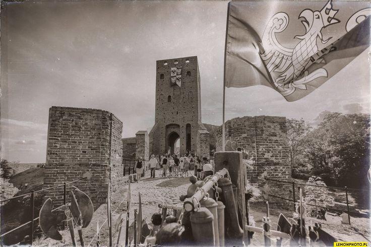 Zamek w Czersku   Fot.: Lemon Photo
