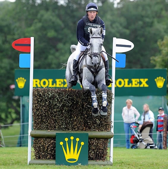 Rolex Horse Jumping at the Kentucky Grand Slam #rolex #rolexwatches #rolexwatch #thewatchmen #thewatchmenllc #horse #jumping #equestrian #rolexracing