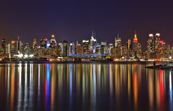 nyc skyline reflection