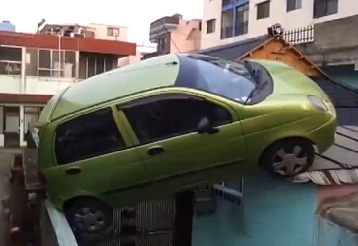 Awesome Parking Fails!