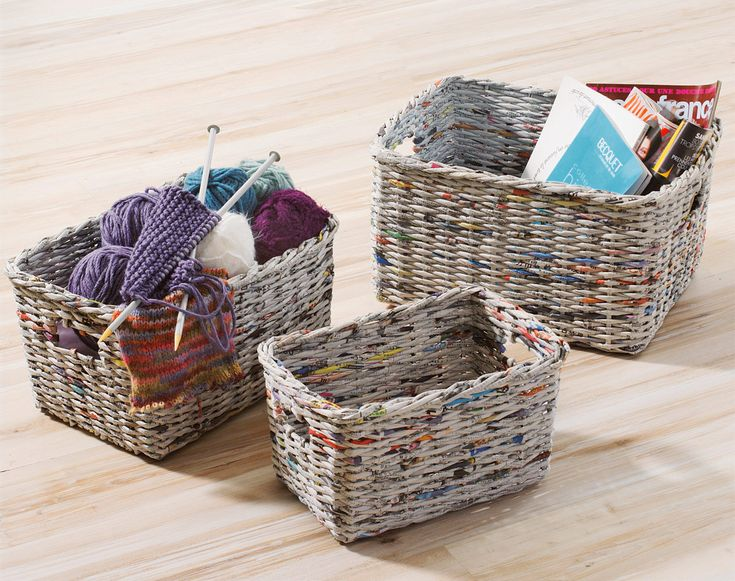 Handicraft Newspaper Basket : Baskets from recycled paper miniature stuff