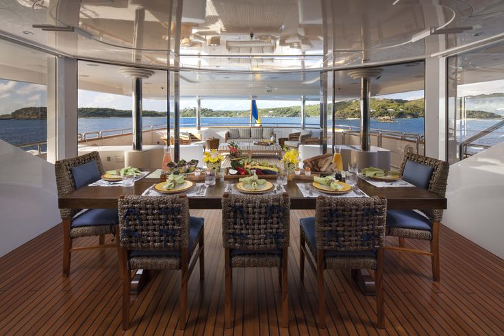 MY STARFIRE - Fine Dining aboard a #superyacht #travel #food