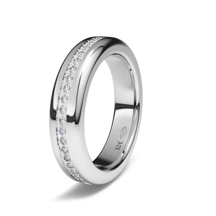 Sortija de oro blanco de 18K modelo Semi rectangular Ref.: 750BLA45SMRECOro blanco de 18Kmodelo Semi rectangular superficie brillo #bodas #alianzas #anillos #sortijas #diamantes #brillantes #novia | cnavarro.com