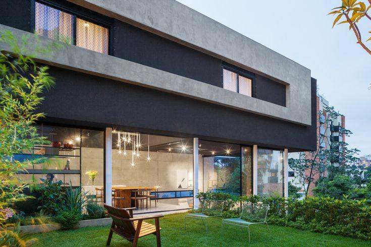 Galeria de Casa Mattos / FGMF Arquitetos - 2
