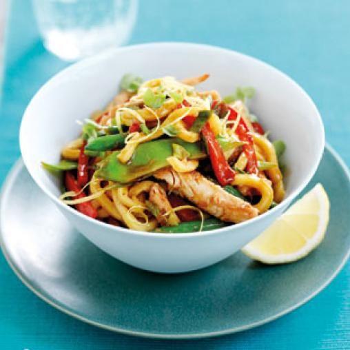 Chicken noodle stir-fry with lemon dressing