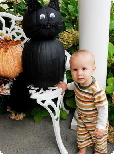 Black cat made with pumpkins #halloween