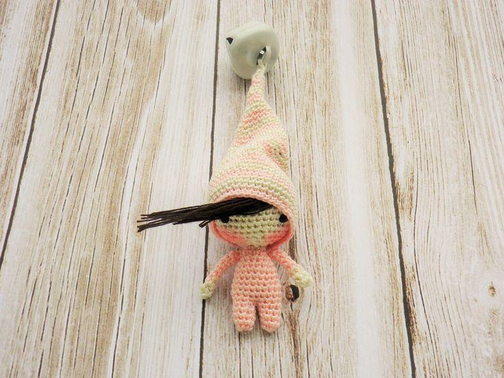 mini lutin rose de 5.5 cm en crochet trés trés fin, 10cm avec chapeau, ma création : Jeux, jouets par belette-noire