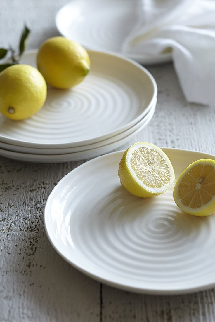 White Ceramic Round Coupe Buffet Plate, Set of Four - Sophie Conran Shop