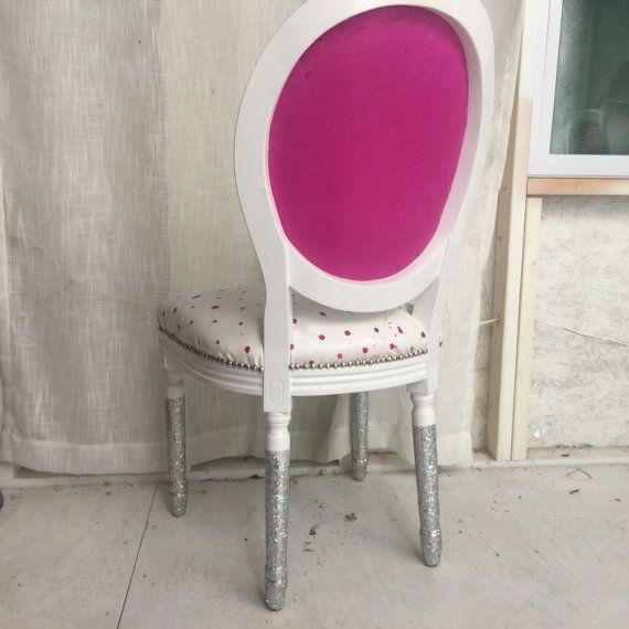 Les 95 meilleures images du tableau chaise medaillon sur - Chaise medaillon rose ...